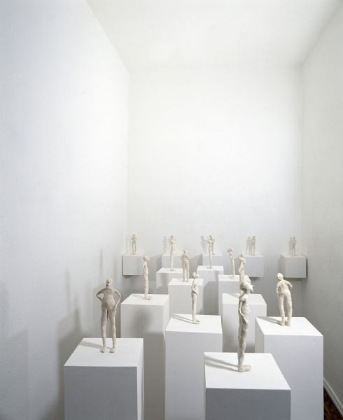 from the series 'Spectrals', terracotta and socles 1996, exhibition view Schneiderei Gallery, Cologne (D)